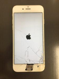 ホームボタンが取れてしまったiPhone修理前