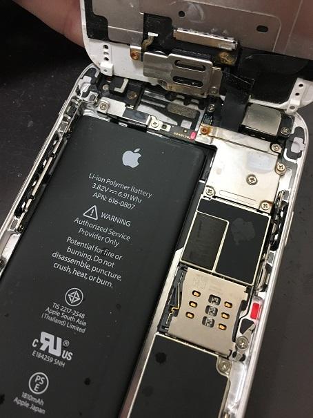 水没したiPhone6の中身
