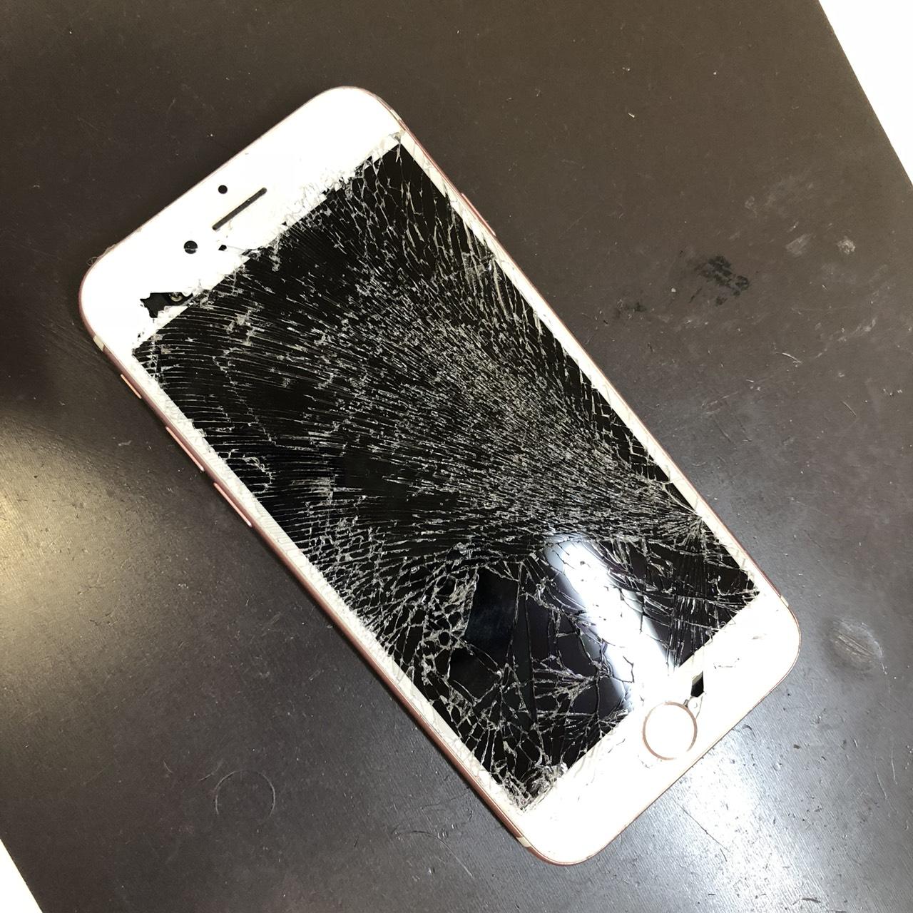 iPhone7の割れ