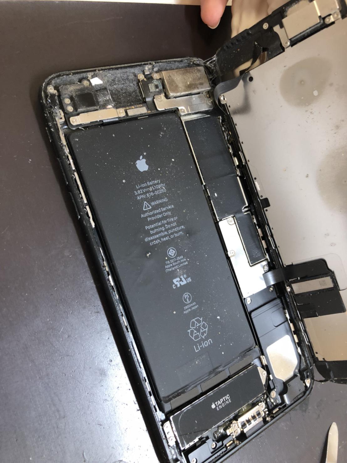 汚れたiPhone