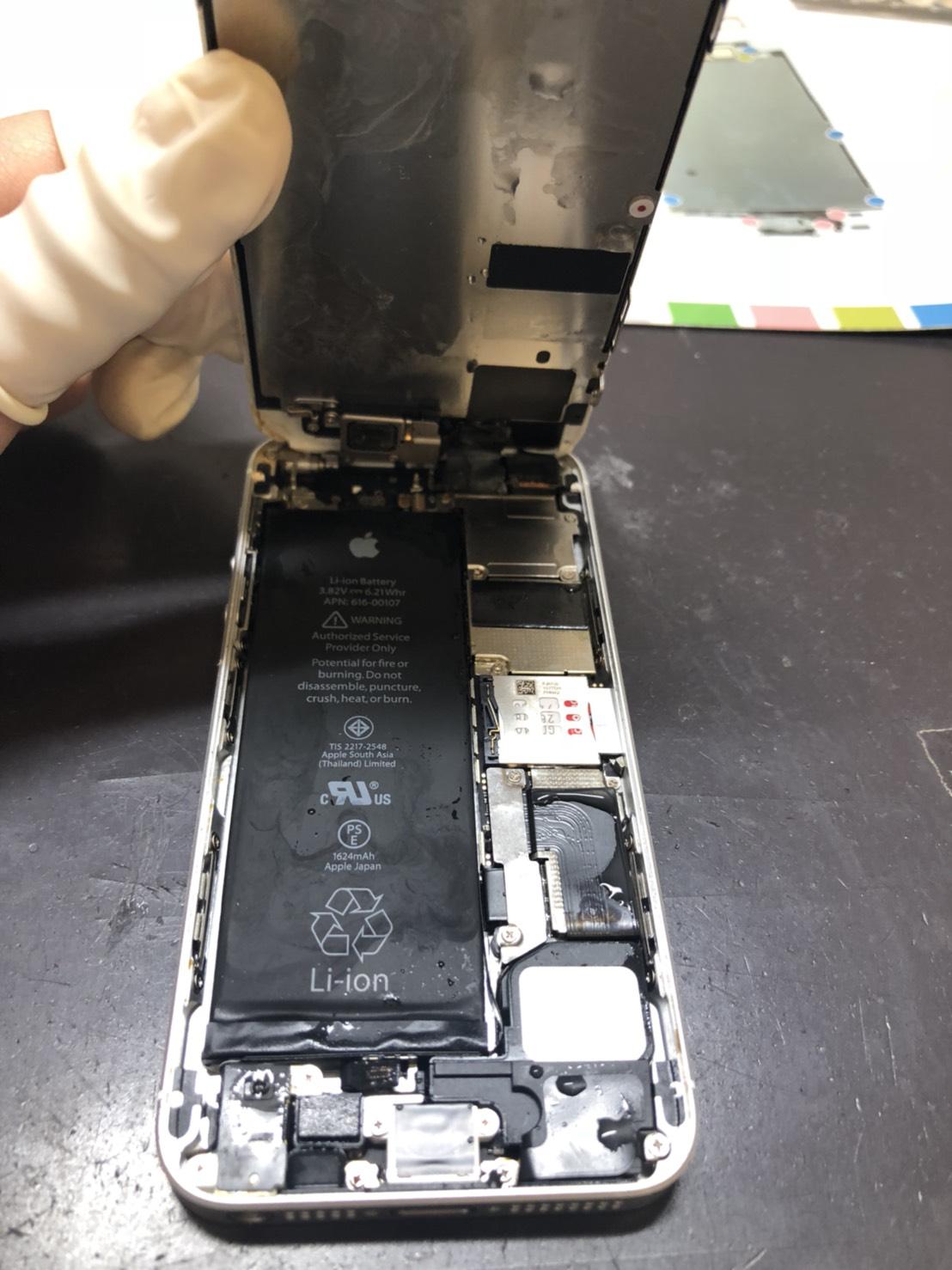 水没したiPhone