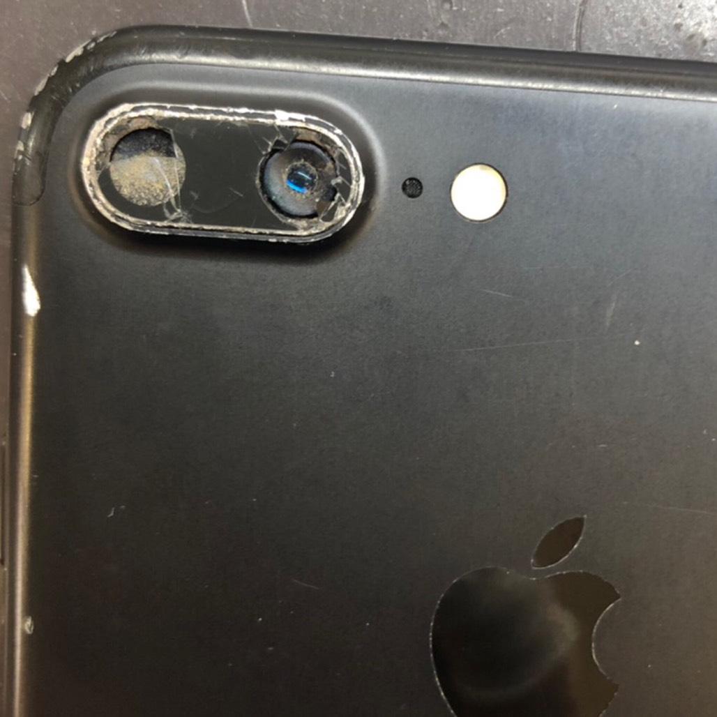 7+ カメラ修理