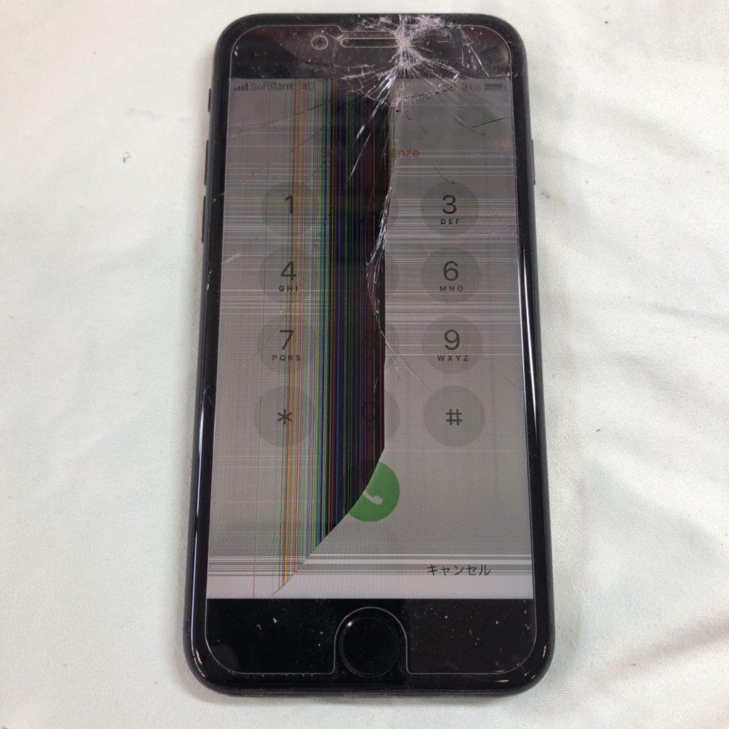 壊れたiPhone8