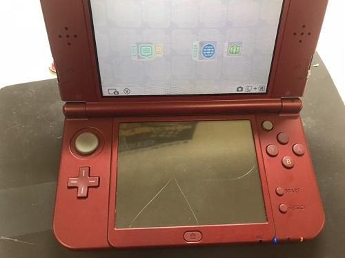 NEW 3DS LL下画面破損画像