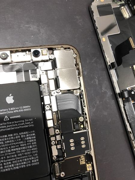 iPhone中身