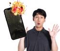 「粉々に」砕けたiPhone11…。フレームも少し心配でしたが…難なく修理完了(^o^)